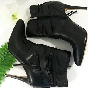 NWOT Camuto BLACK LEATHER ANKLE Booties